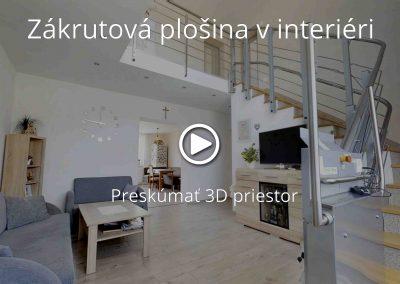 Zákrutová plošina v interiéri